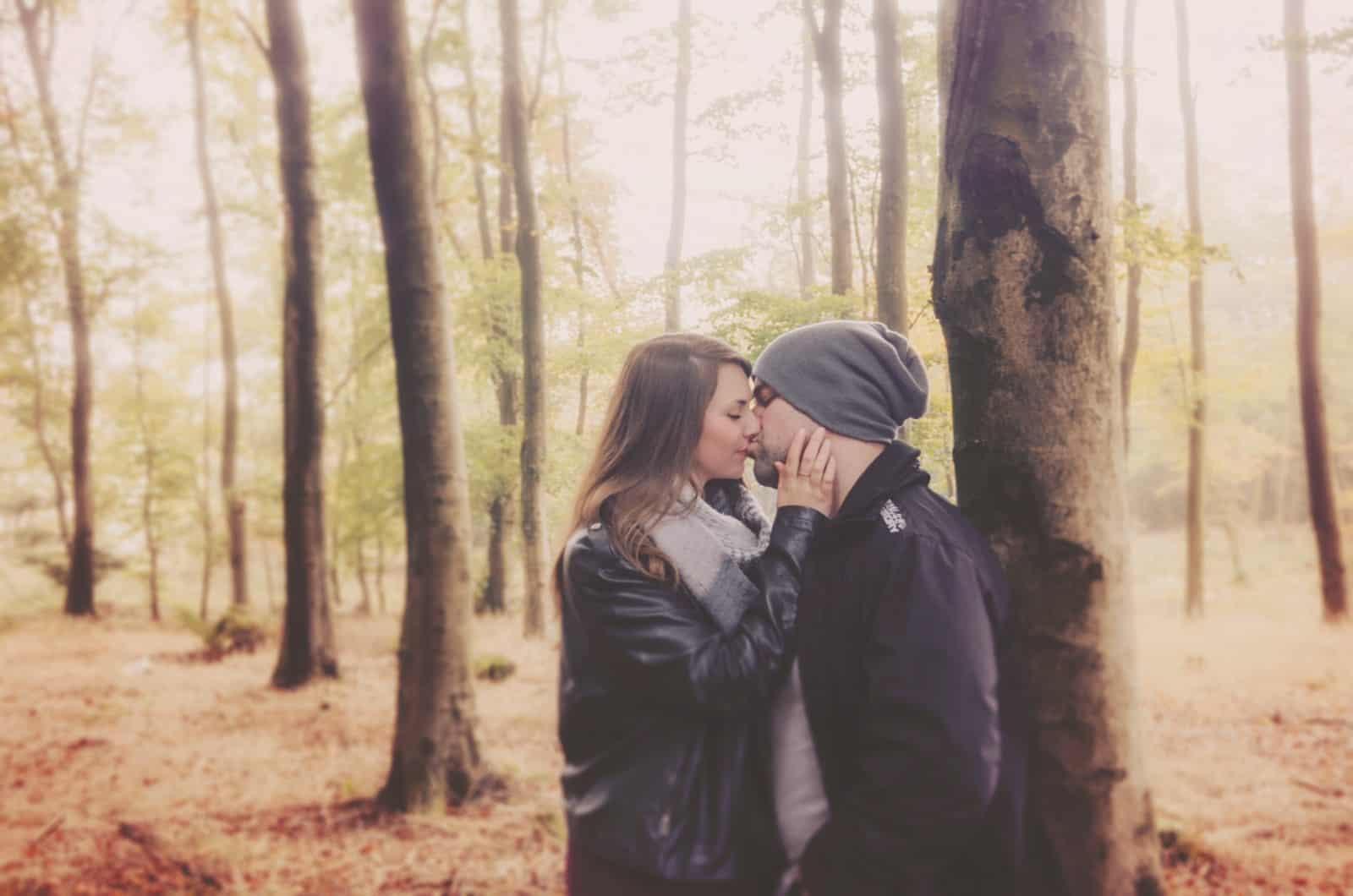 Couple kiss in Wentwood forest